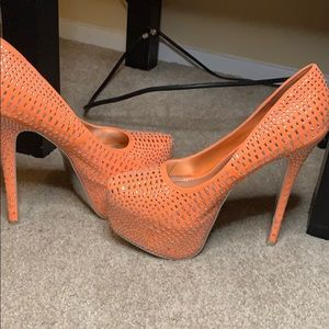 Peach Studded Heels Size 8